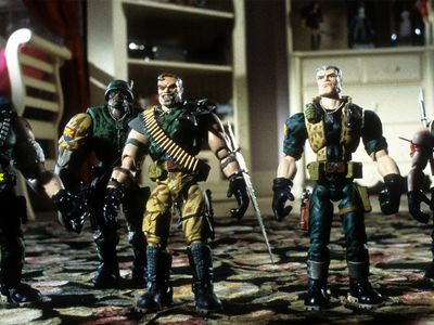 watch Small Soldiers streaming