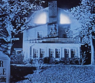 Amityville II: The Possession online