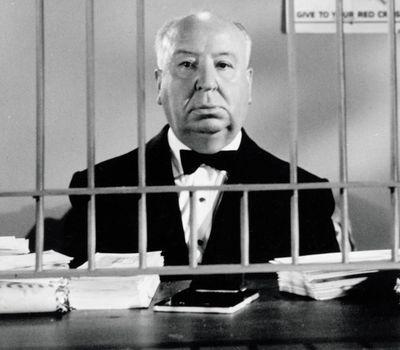 Alfred Hitchcock Presents online