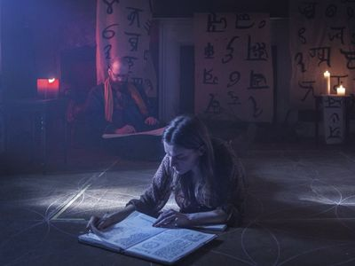 watch A Dark Song streaming