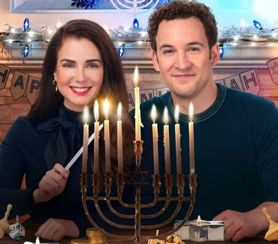 Love, Lights, Hanukkah! online