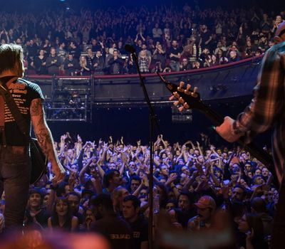 Eagles of Death Metal: Nos Amis (Our Friends) online