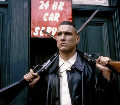 Lock, Stock and Two Smoking Barrels online