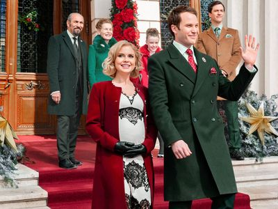 watch A Christmas Prince: The Royal Baby streaming