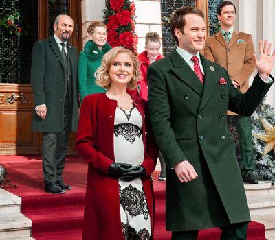 A Christmas Prince: The Royal Baby online