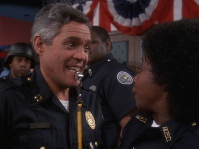 watch Police Academy 5: Assignment Miami Beach streaming