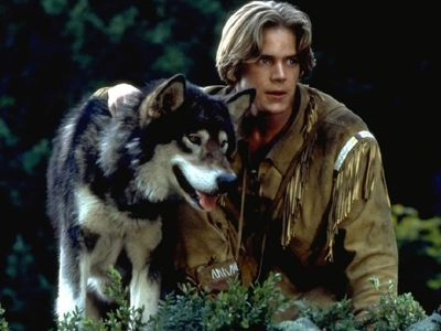 watch White Fang 2: Myth of the White Wolf streaming