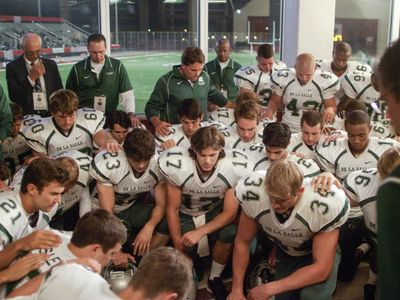 watch When the Game Stands Tall streaming