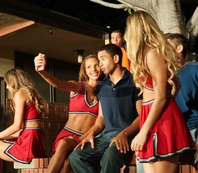 All Cheerleaders Die online