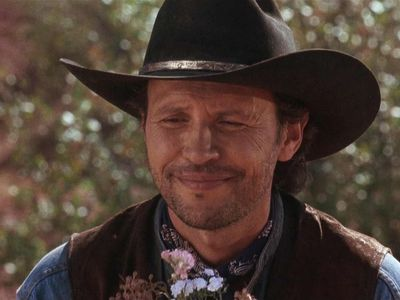 watch City Slickers II: The Legend of Curly's Gold streaming