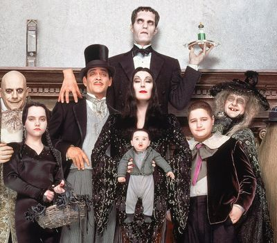 Addams Family Values online
