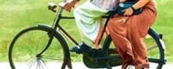 പവിയേട്ടൻ്റെ മധുരച്ചൂരൽ online