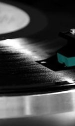 Our Vinyl Weighs a Ton: This Is Stones Throw Recordsen streaming