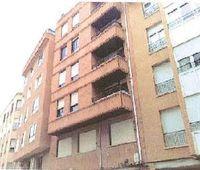 Piso en venta con 128 m2, 4 dormitorios  en avda de valladolid - barri