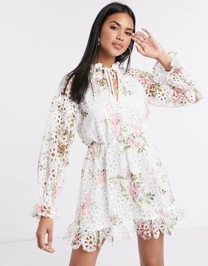 Missguided lace plunge midi dress in floral print-Multi
