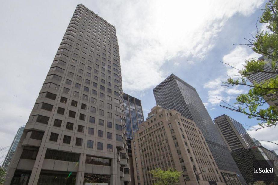 La vente sans approbation de trois de ses immeubles prive Québec de 47 millions | Denis Lessard | Politique québécoise