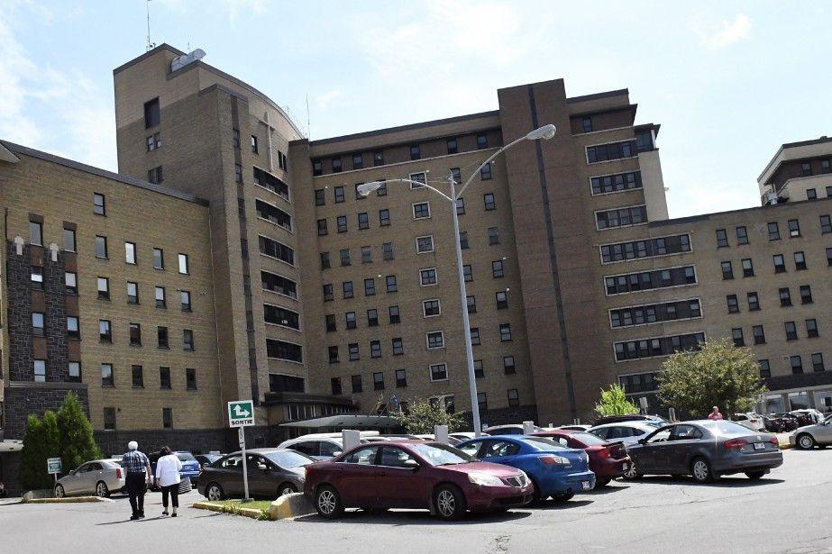 Les chirurgies pour le cancer de l'oesophage transférées à Québec | Mélyssa Gagnon | Actualités
