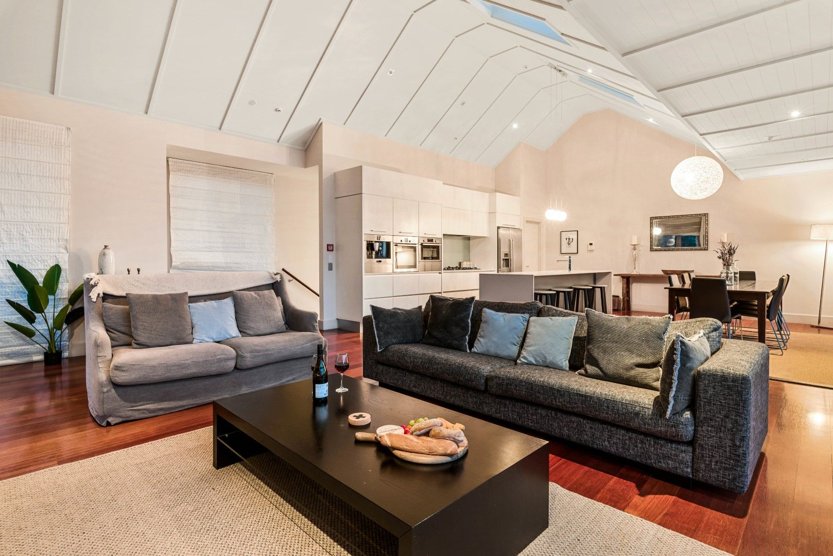Catalina's Luxury Penthouse 6