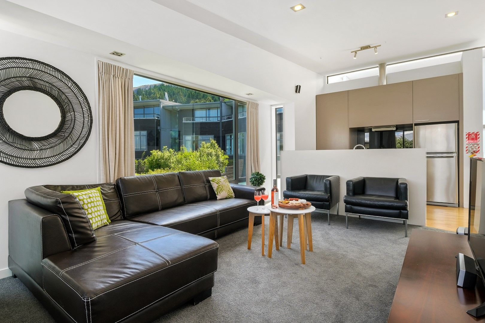 89/11 Southern Alps Apartment