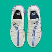 Nike LeBron 17 Low夜光配色登埸 讓你成為球場上那漆黑中的螢火蟲