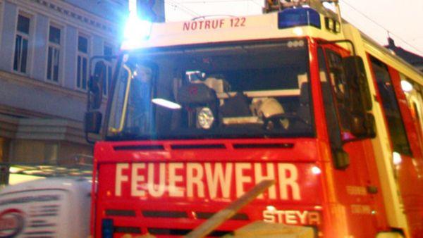 Brand in Wien: Dramatische Rettung vor Flammen