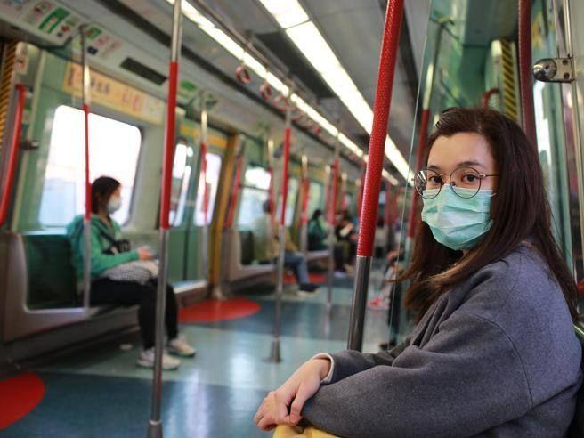 « mascherina Meno della metà della popolazione indossa modo corretto»