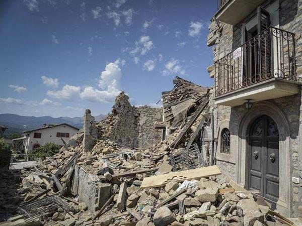 Covid, Amatrice: il paese fantasma che ora rischia la «zona rossa»