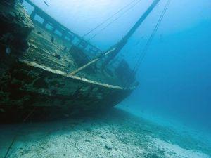 L'intelligenza artificiale che va a caccia di relitti in fondo all'oceano