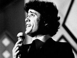 Morto Gianni Nazzaro: cantava l'amore con lievità pop