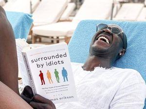 Alfred Gomis, il calciatore critico letterario: «Così consiglio libri sui social»