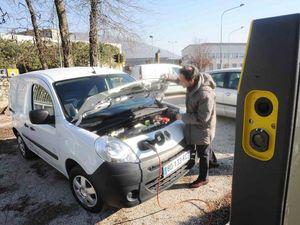 Elettrico, Fincantieri produrrà batterie al litio (a Frosinone)