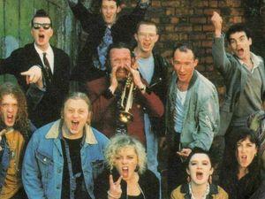 «The Commitments» compie 30 anni: storia di un capolavoro musicaleversivo che sfidò la «zuccherosità» degli Eighties