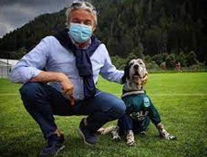 Leo, il primo cane mascotte del calcio italiano. Con lui la Feralpisalò sogna la B