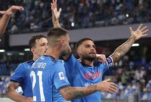 Napoli-Venezia 2-0: azzurri in 10 per quasi tutta la gara, la risolvono Insigne ed Elmas