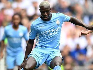 Benjamin Mendy accusato di quattro stupri: il Manchester City lo sospende