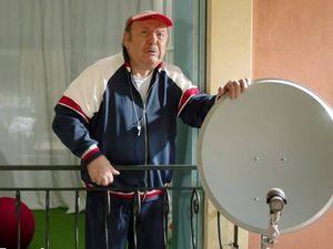 Lino Banfi, censurato lo spot Tim con Oronzo Canà dopo le proteste del Moige