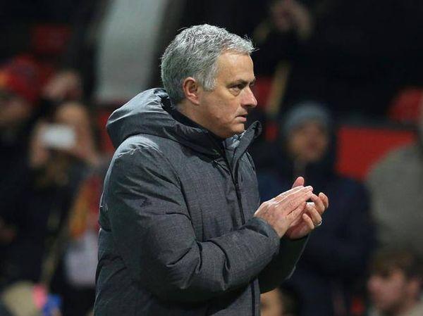 Mourinho: «Per Conte solo disprezzo, per me questa storia finisce qui»