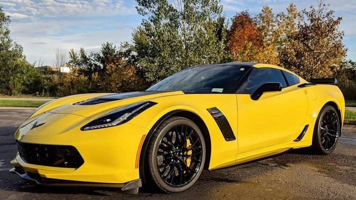 Bancarotta Hertz Camaro Corvette altre chicche prezzi saldo