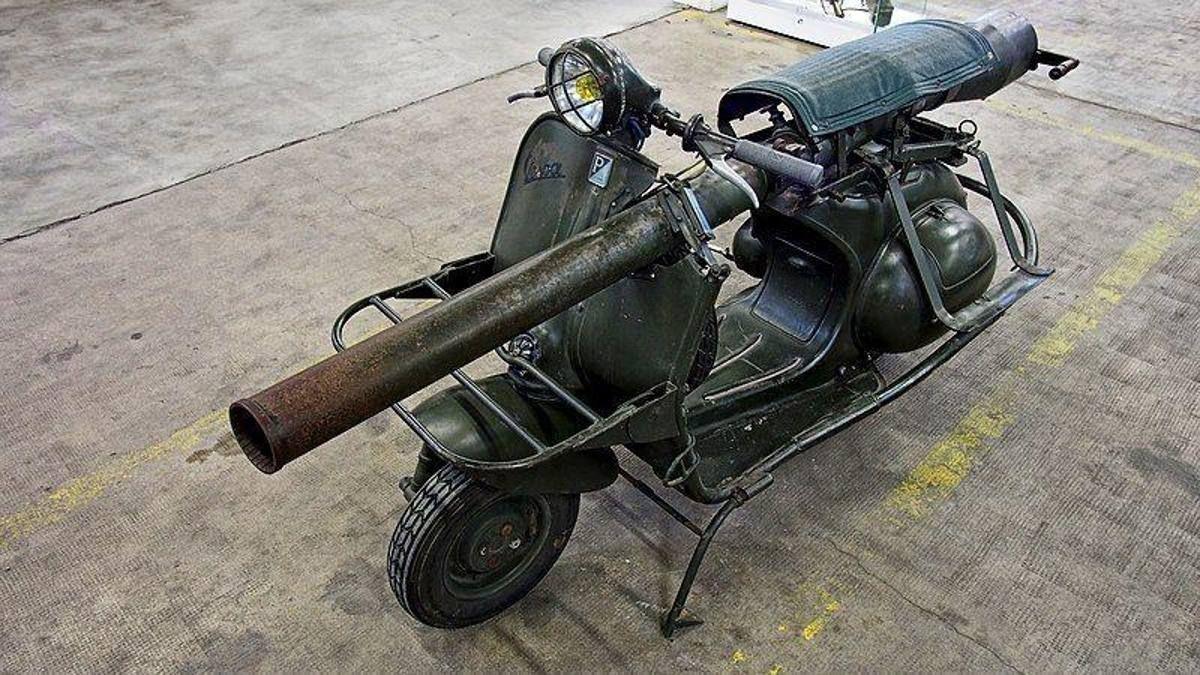 Vespa 150 ., 'Vespa bazooka' per cacciare carri armati