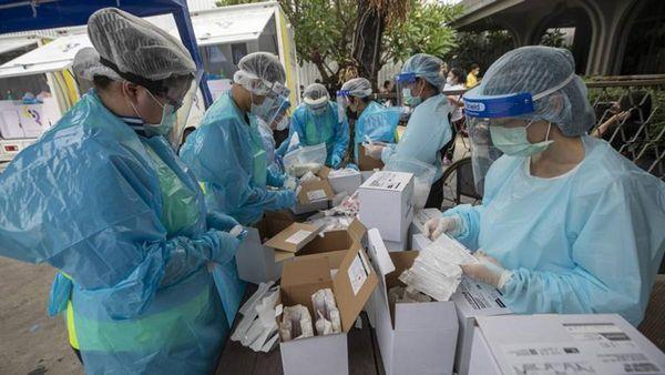 Coronavirus, l'Athletico Paranaense offrirà il vaccino ai tifosi. Lombardia e Piemonte in arancione
