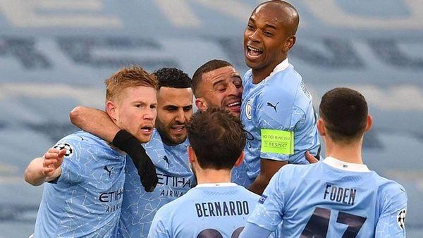 Doppio Mahrez, il Psg si inchina ancora: prima finale di Champions per il City