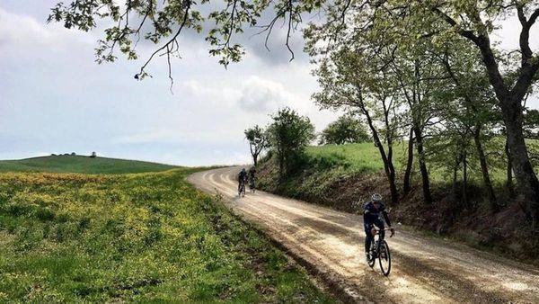 Evenepoel prova la tappa di Montalcino e cita Benigni: La vita è bella