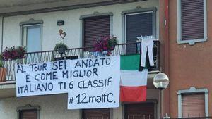 Mattia Cattaneo, festa e sorpresa dalla fidanzata al rientro dal Tour