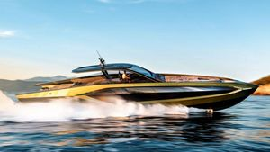 Varata Tecnomar for Lamborghini 63, la supercar del mare