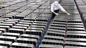 Auto elettriche verso la svolta: Catl   lavora alle batterie a basso costo