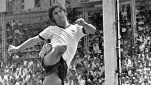 Albertosi omaggia Müller: