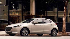 Mazda2 anno 2022, la compatta giapponese si rinnova nel look e nel motore