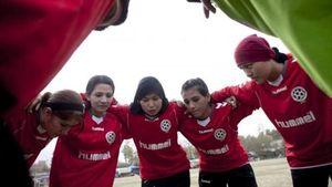 Nazionale Afghanistan, c'è il lieto fine. Le calciatrici  lasciano Kabul per l'Australia