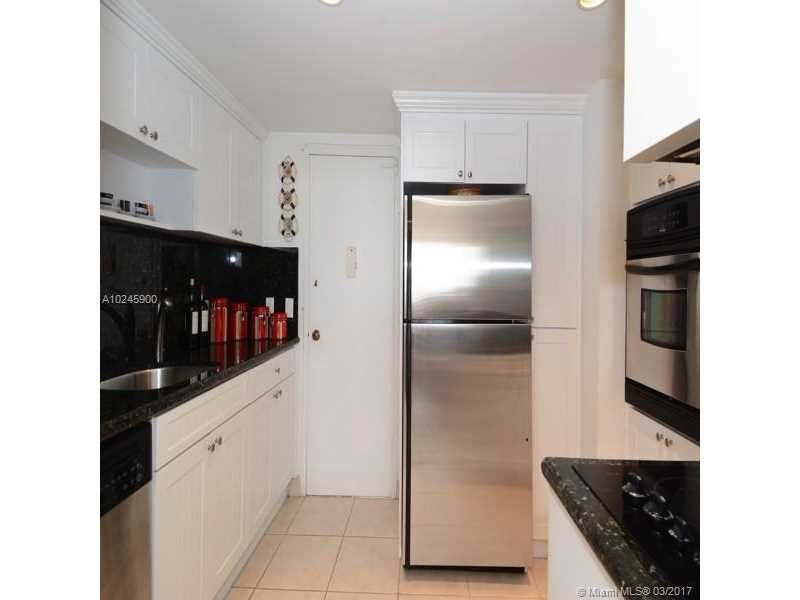 Alexander Towers for Sale - 3505 S Ocean Dr, Unit 1104, Hollywood 33019, photo 2 of 9