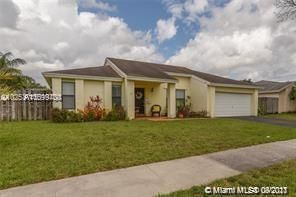 Flamingo Gardens for Sale - 4941 SW 120th Ave, Cooper City 33330, photo 1 of 33